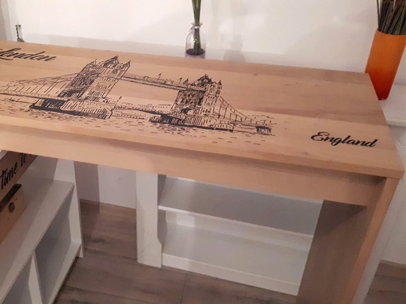 UV printing on wooden furniture