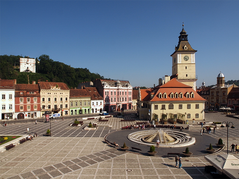 Outdoor photo Brasov City Council Square